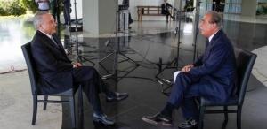 22jun2016 temer concede entrevista ao jornalista roberto davila da globonews no palacio do jaburu a entrevista foi ao ar na noite desta terca feira 21 1466571964283 615x300